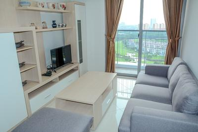 2BR Golf View at The Mansion Apartment near JIEXPO By Travelio