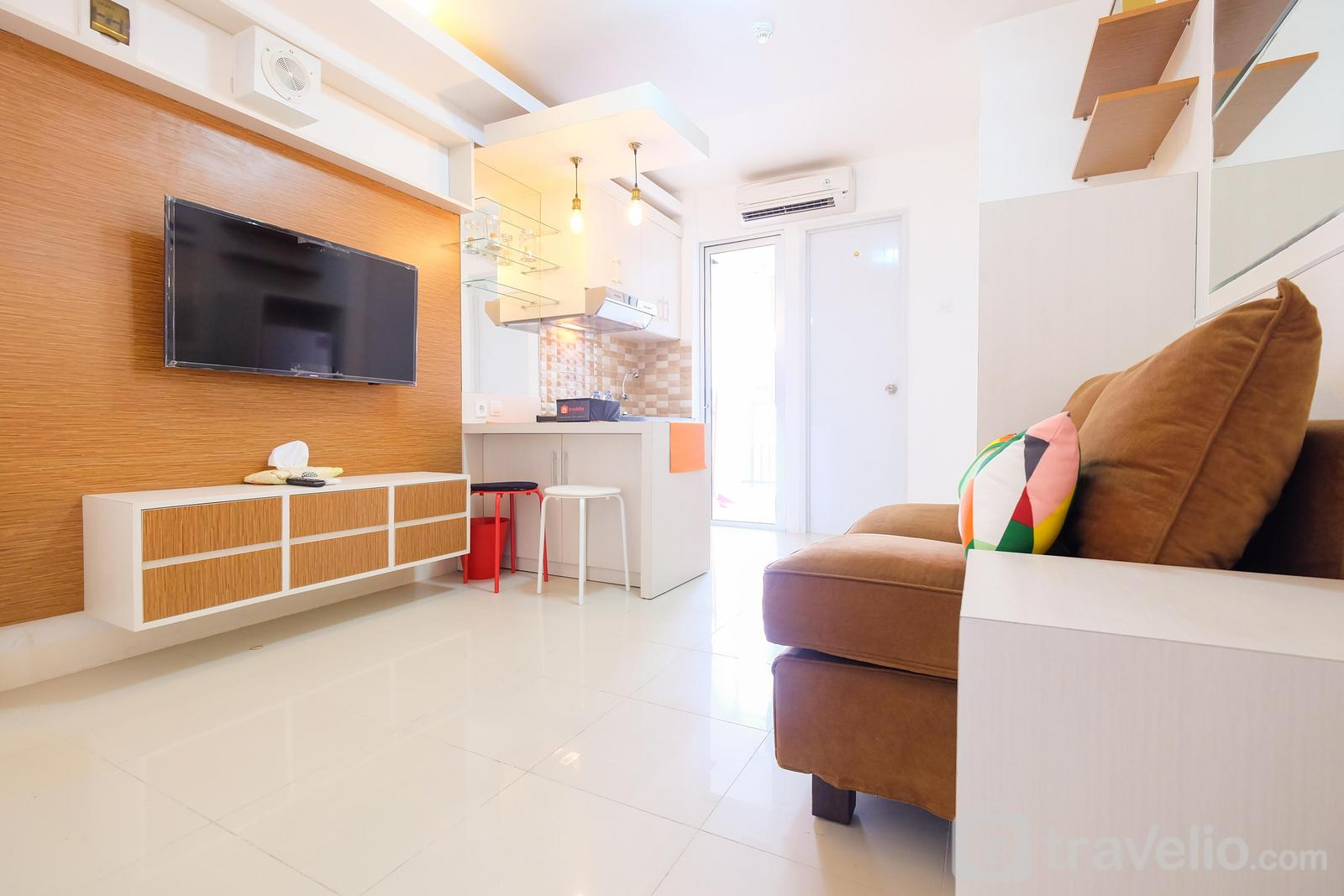 Bassura City Cipinang - 2BR City View Bassura City Apartment By Travelio
