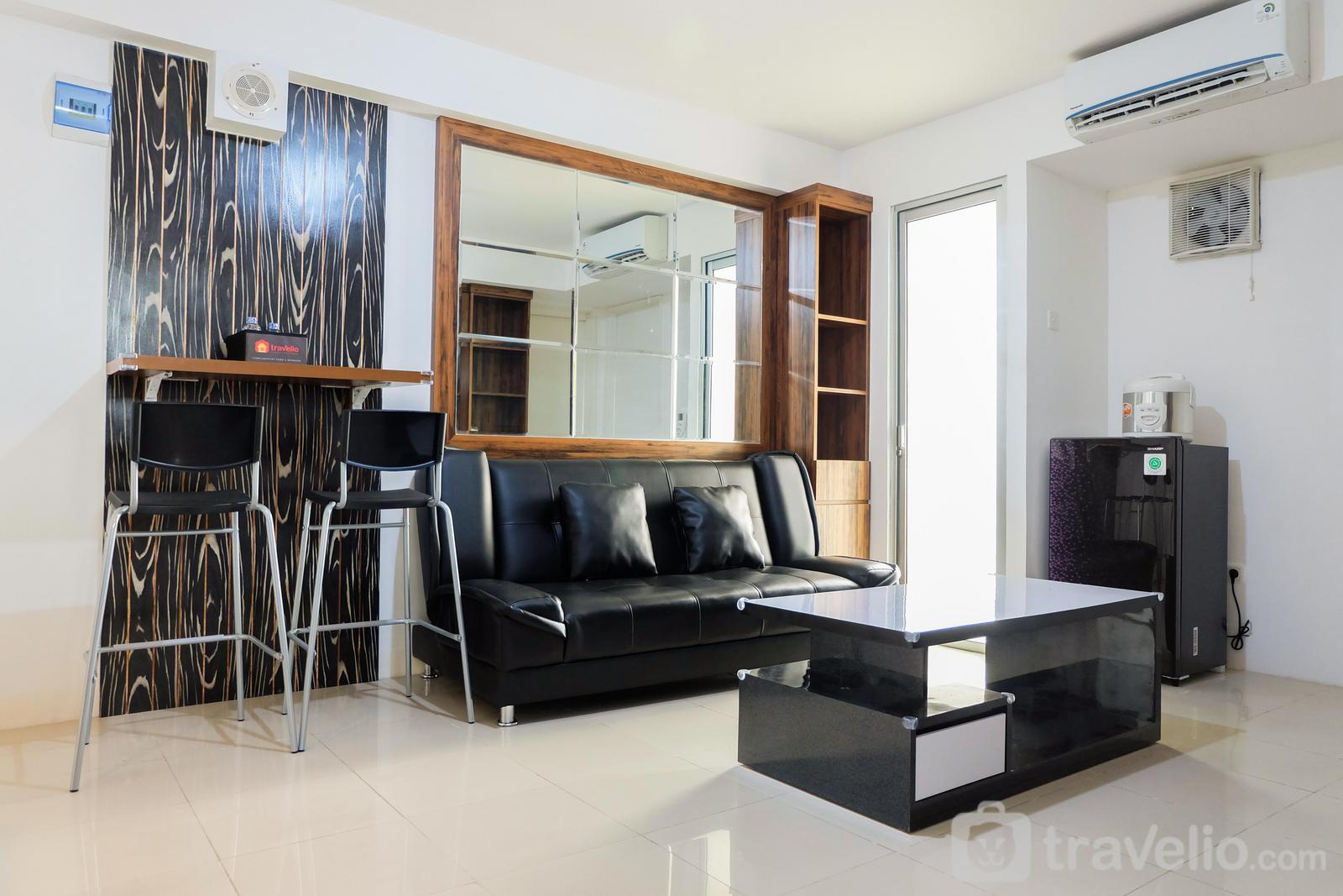 Bassura City Cipinang - Spacious and Clean 3BR Bassura Apartment By Travelio