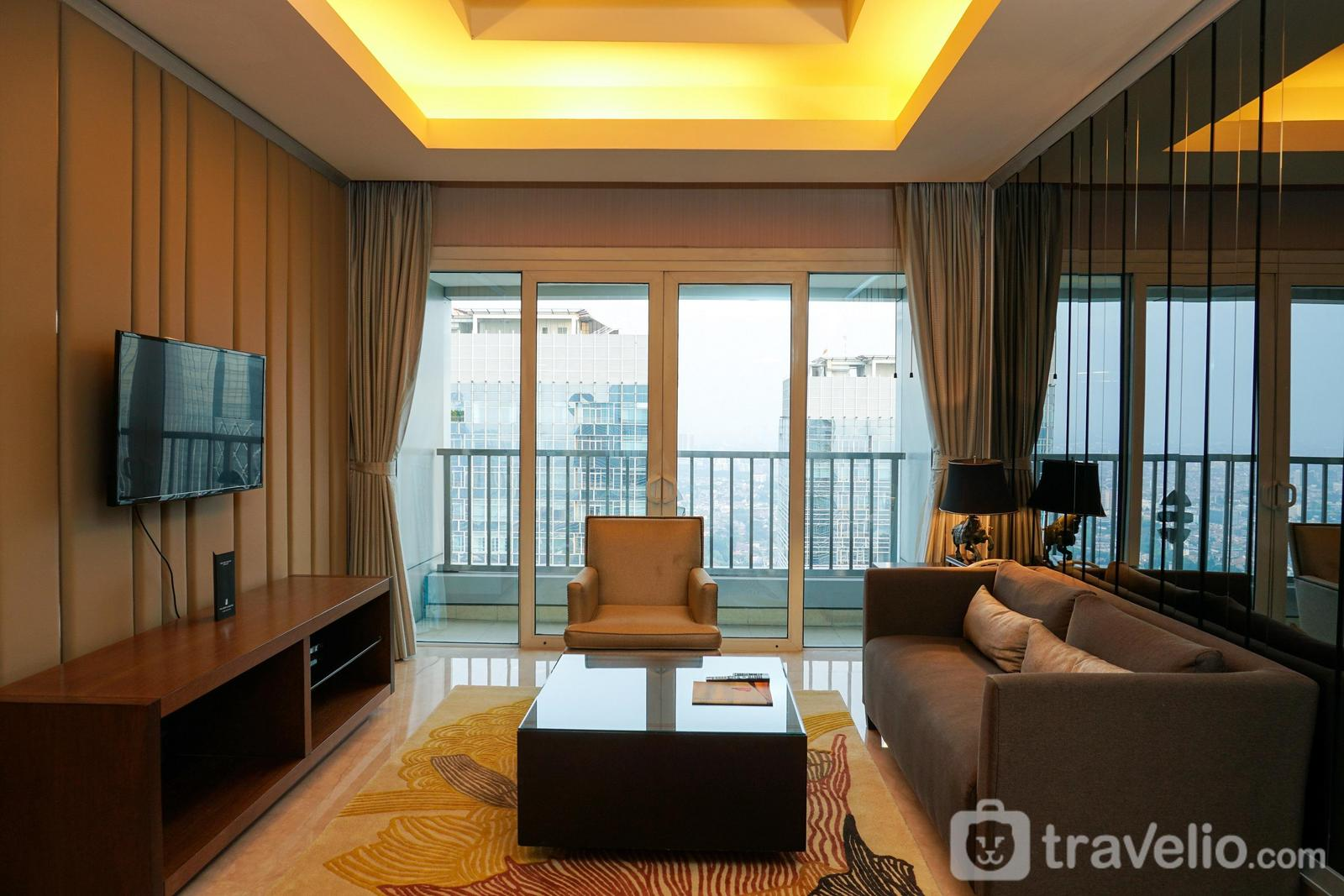 2BR Luxurious Executive Apartment at Pacific Place