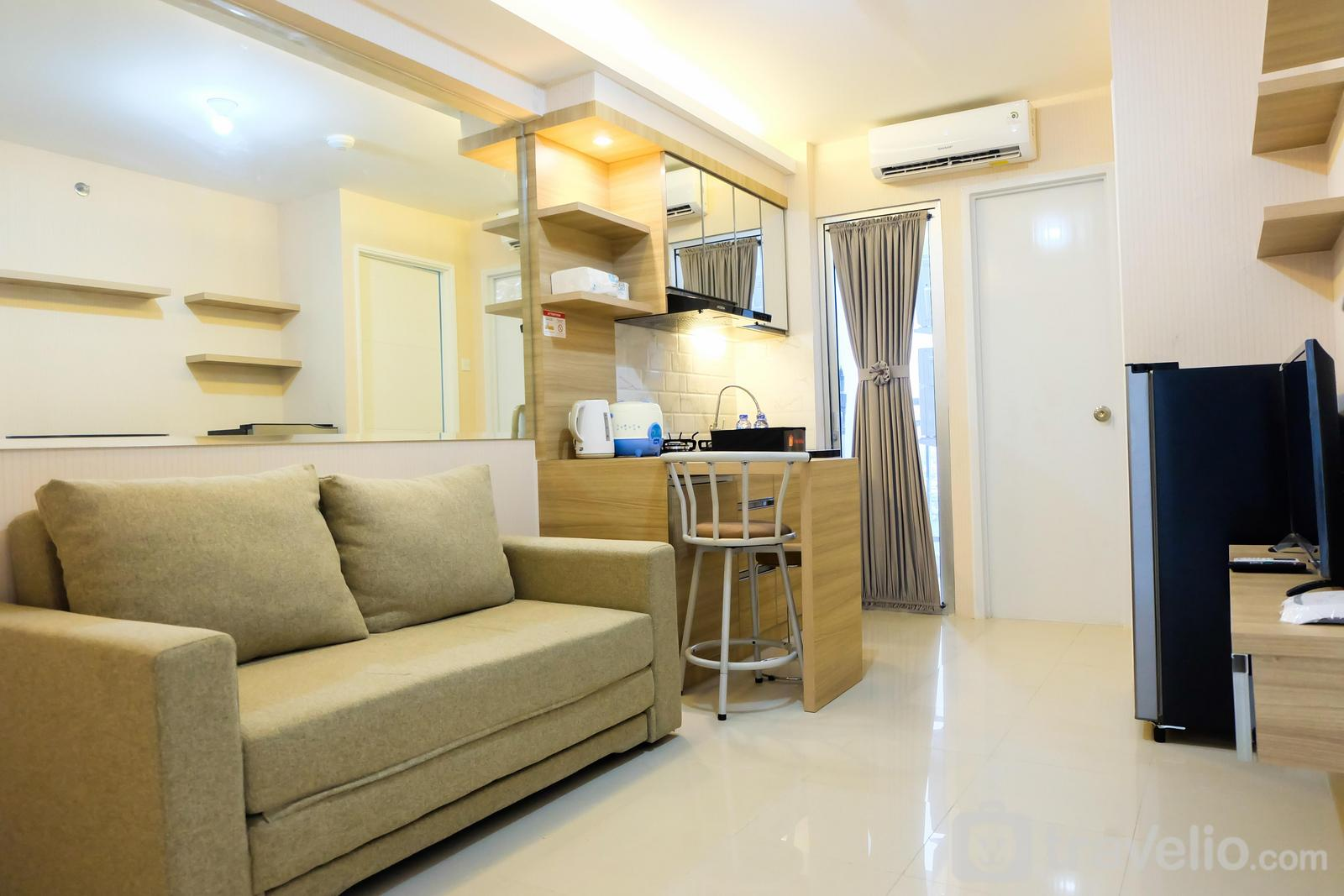 Bassura City Cipinang - Clean 2BR Bassura City Apartment By Travelio