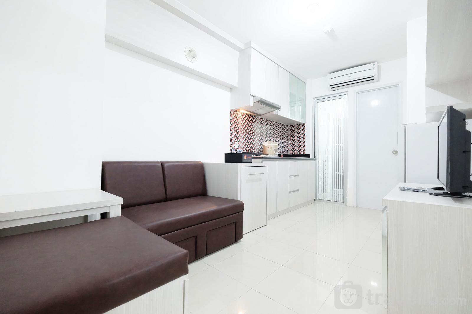 Bassura City Cipinang - Direct Access to The Mall  2BR Bassura City Apartment By Travelio