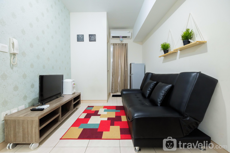 Springlake Summarecon Bekasi 2br Sofa Bed The Apartment By Travelio Com