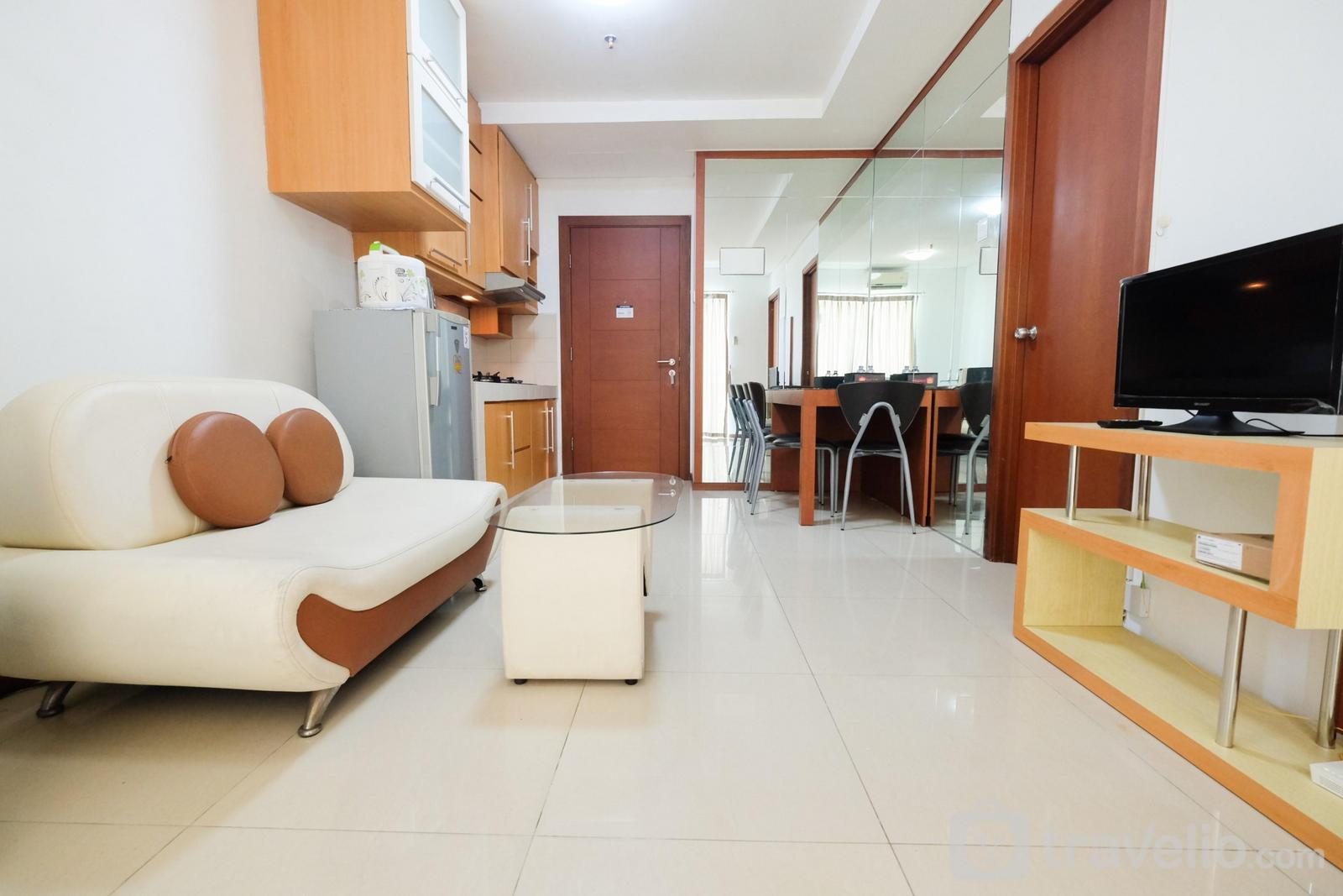 Thamrin Residence - Compact Minimalist 1BR Apartment at Thamrin Residence By Travelio