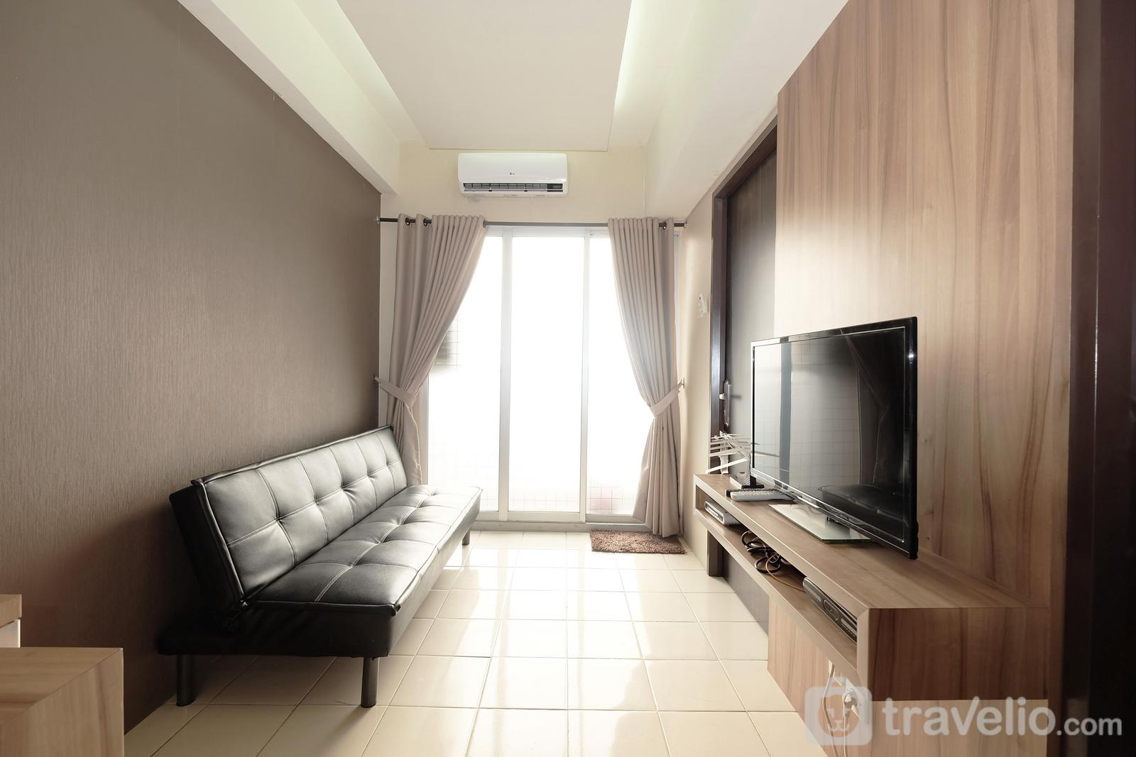 Serpong Green View - Minimalist 2BR Serpong Greenview Apartment By Travelio