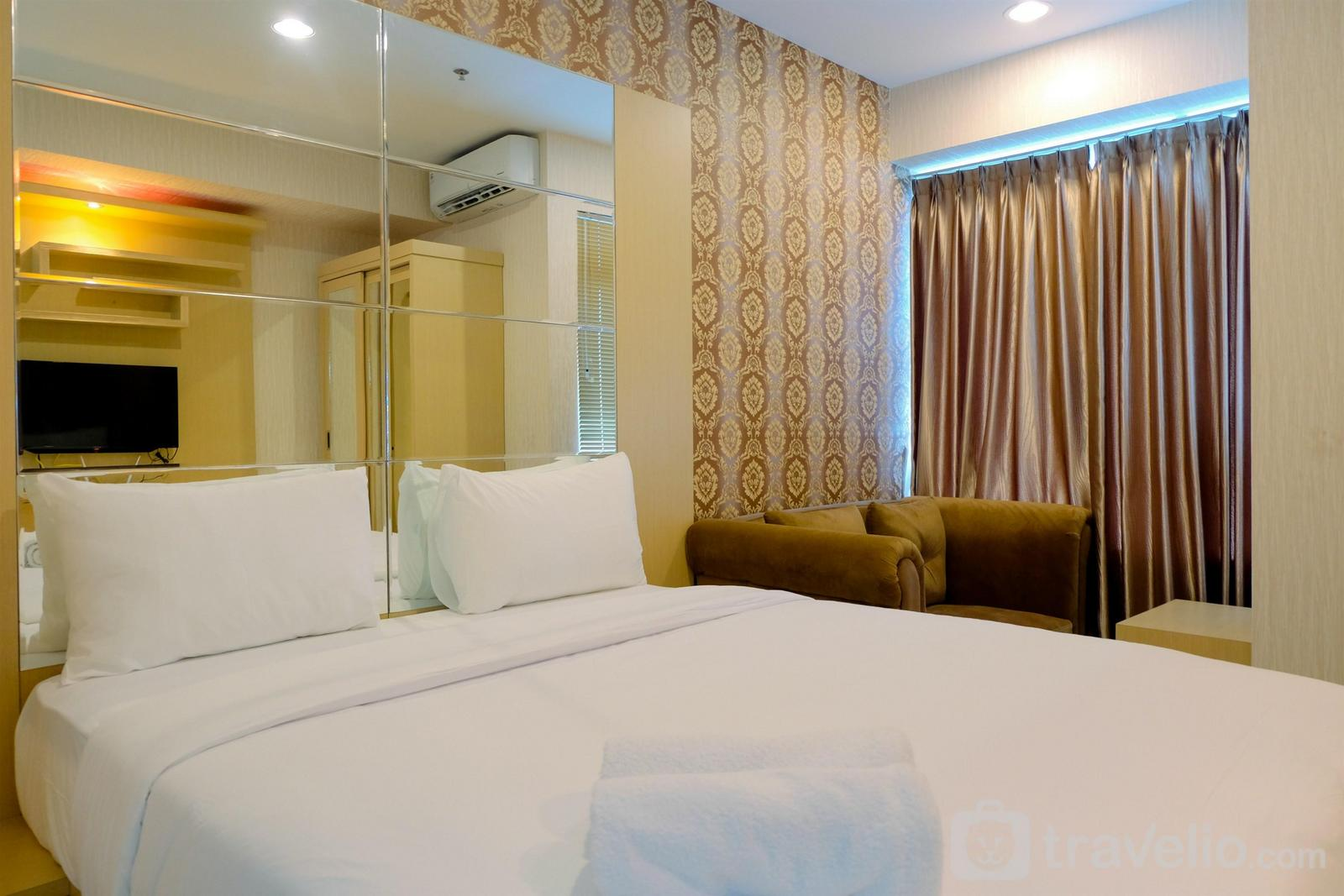 Grand Kamala Lagoon - Homey Studio Apartment at Grand Kamala Lagoon By Travelio