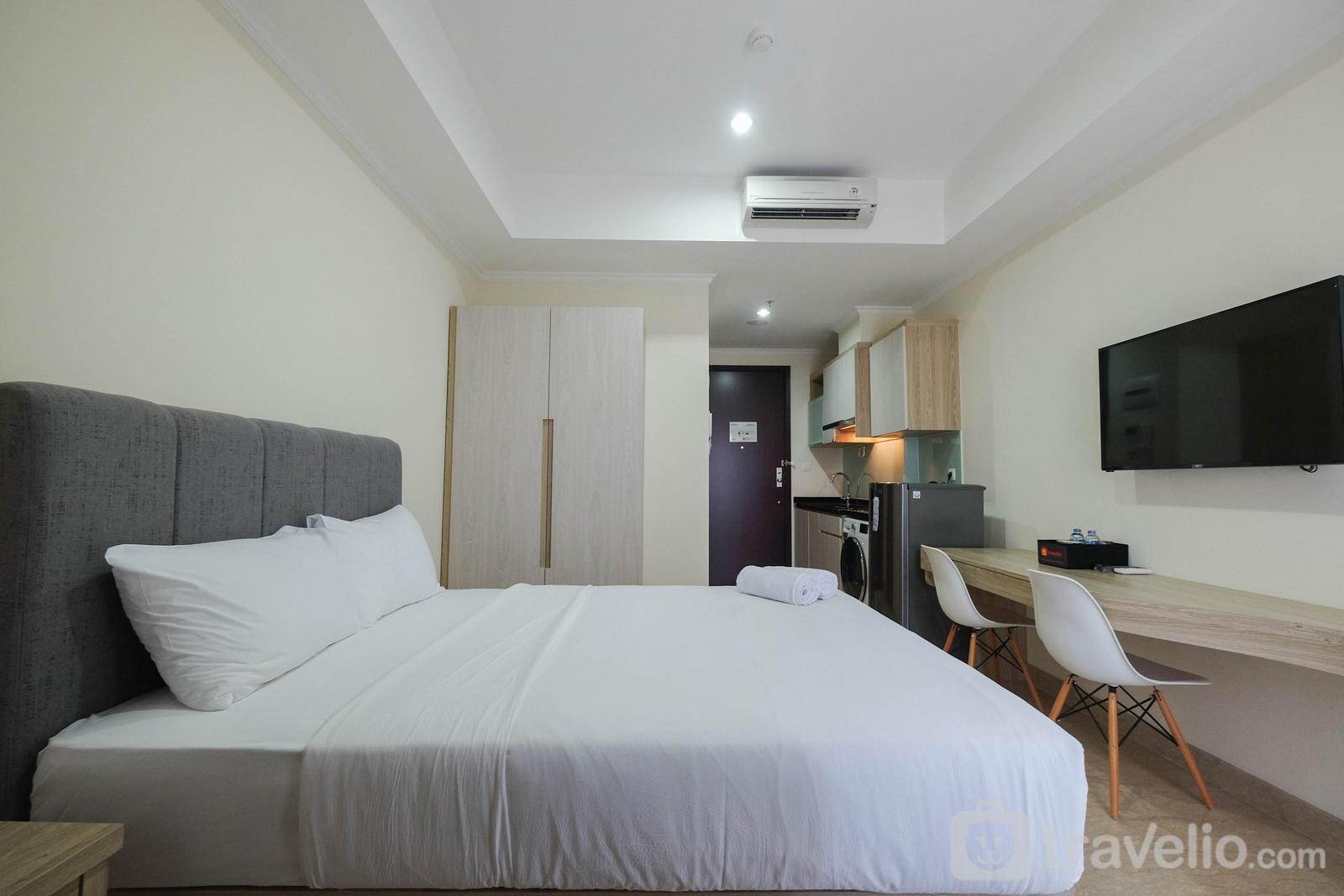 Menteng Park Apartment - Simply Furnished Studio @ Menteng Park Apartment By Travelio