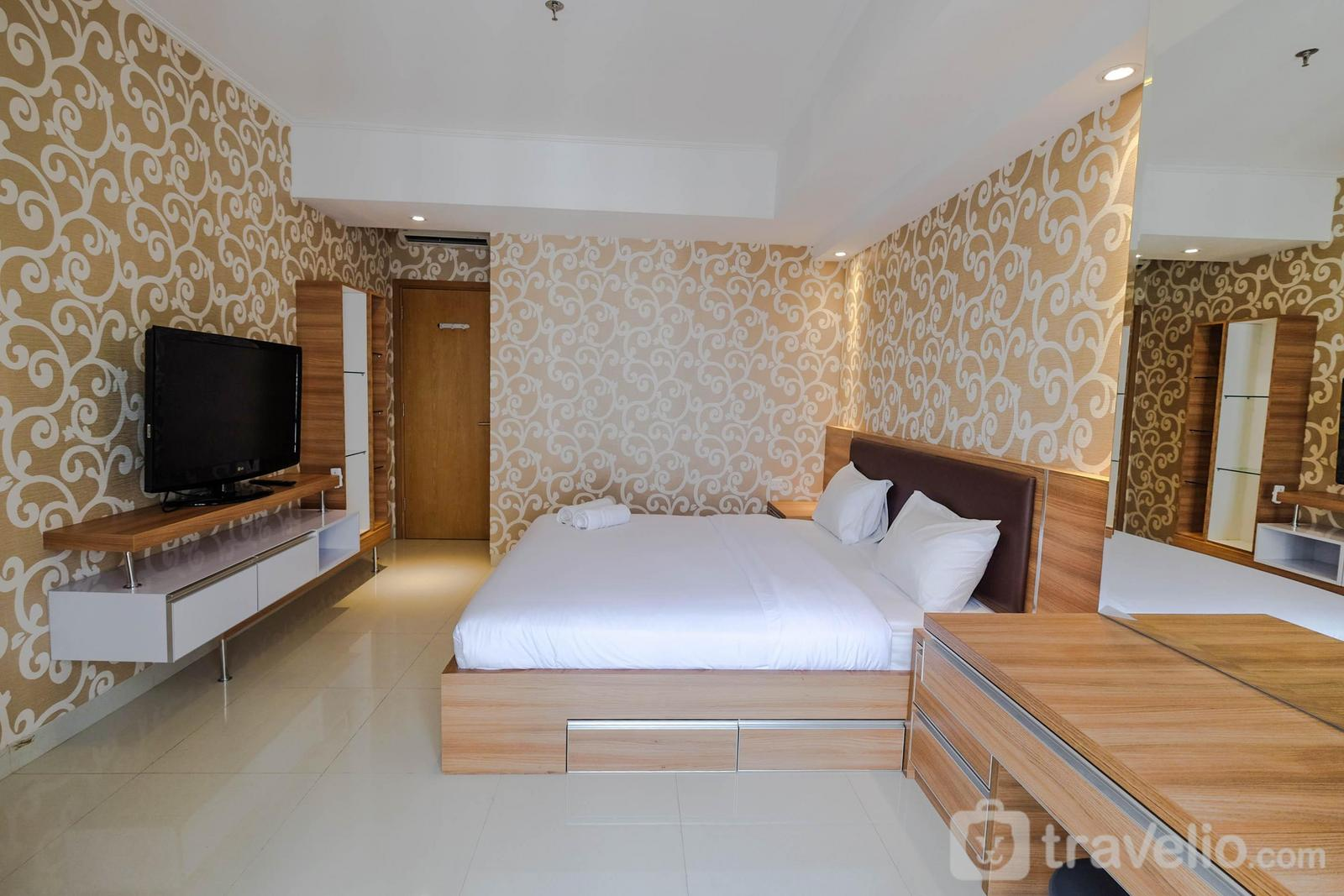 The Mansion Kemayoran - 2BR with Luxury Interior @ The Mansion Kemayoran Apartment By Travelio